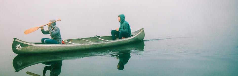 2 Men in a canoe