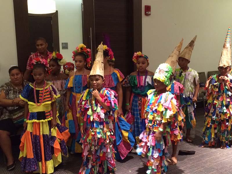 Image of Panama school children