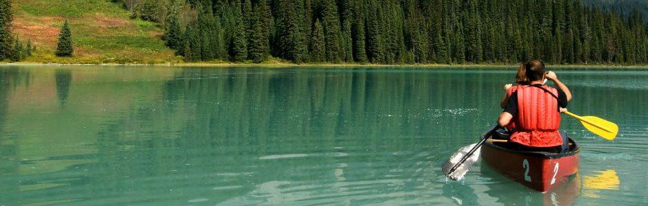 Image of emerald lake